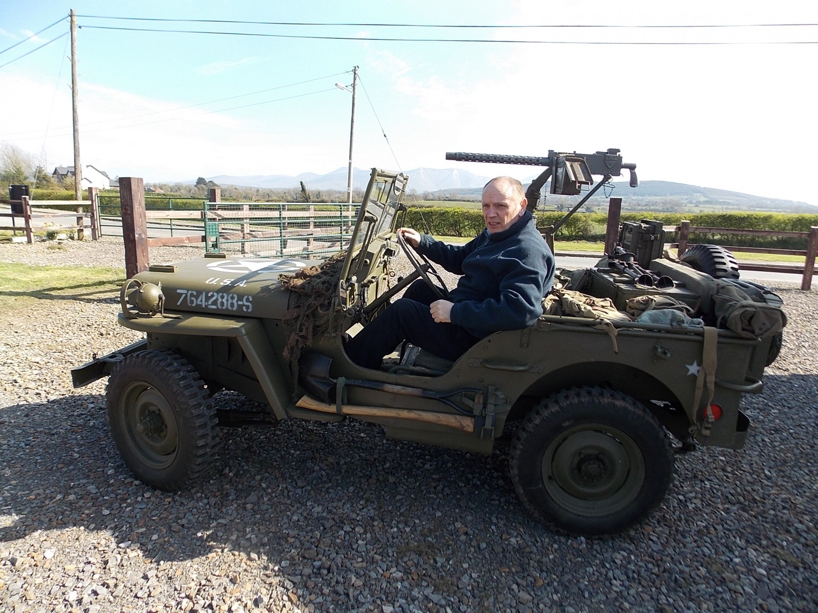 1945-Ford-GPW-Jeep-with-machine-gun-The-Abingdon-Collection-2017